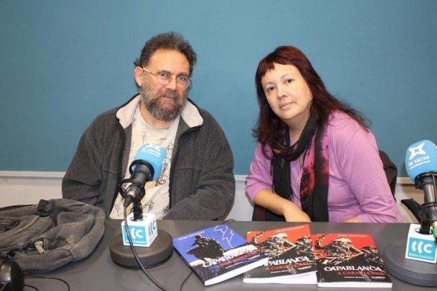 Joan Mundet i Joana Zoyo, a l'estudi 1 de Ràdio Castellar.
