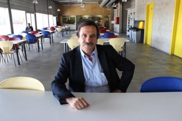 Francesc Martínez de Foix, en un dels menjadors del TEB