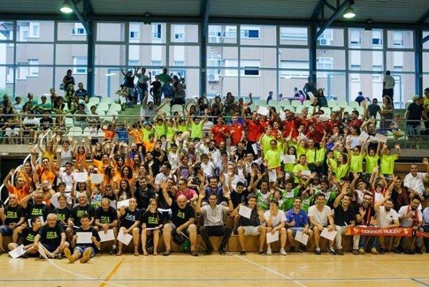 Tots els esportistes després de la festa dels mèrits esportius.