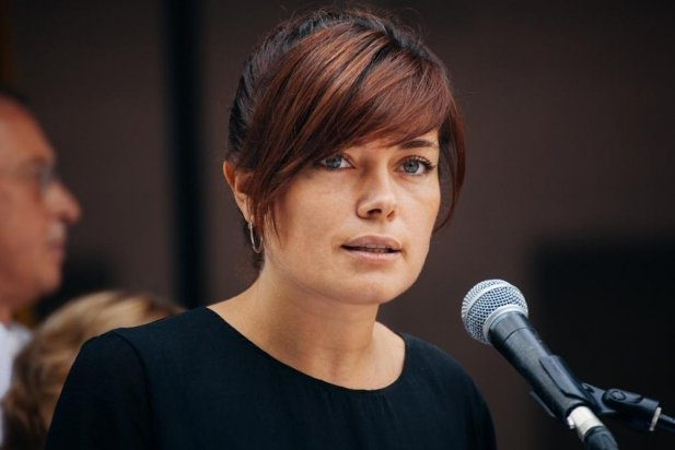Elisenda Alamany prometent l'acta de regidora al juny de 2015