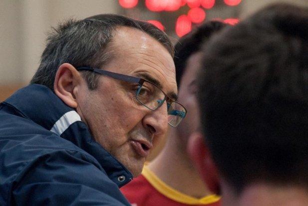Fidel Truyols, entrenador de l'Hoquei Club Castellar_617x412