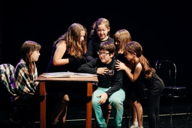 L'actuació dels alumnes de teatre musical 'Roald Dalh'
