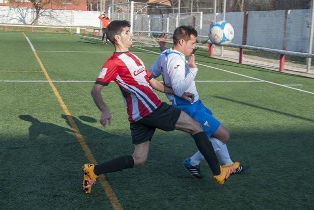 David López ho va intentar tot a la primera part per aconseguir el gol