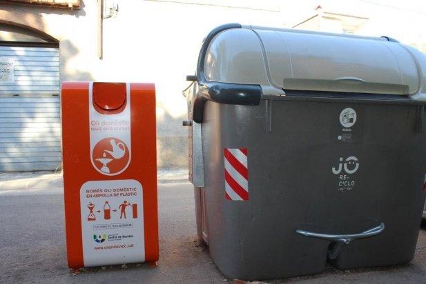El nou contenidor d'oli domèstic del carrer Caldes_617x412