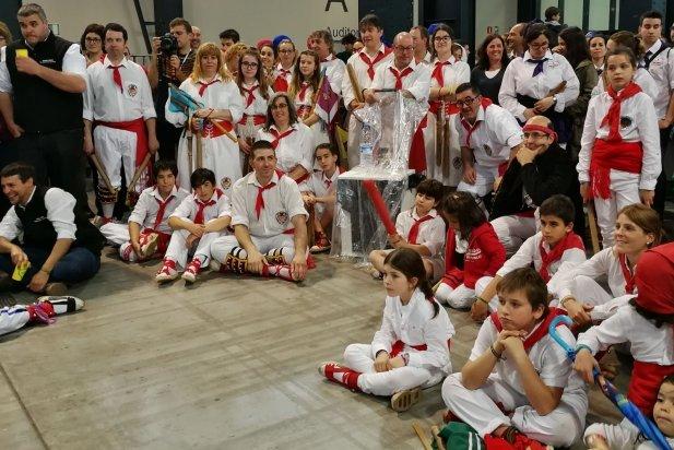 Els Bastoners de Castellar a la Fira de Sabadell, participant a la XLIII Trobada Nacional de Bastoners de Catalunya. || CEDIDA