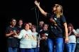 La Coral Pas a Pas, en un concert ofert a l'Auditori Municipal en motiu dels 5 anys de l'entitat. || q. pascual