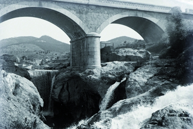 El pont Nou, vers 1920. || FONS: JOAN ROCAVERT ARGELAGUÉS