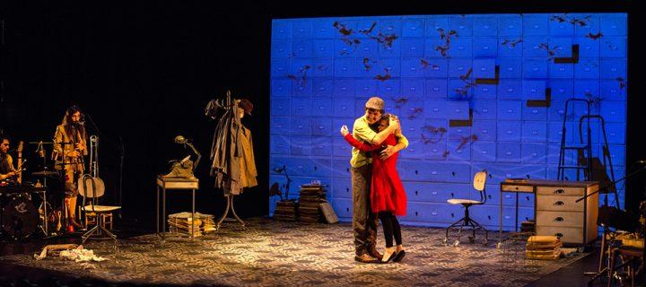 Moment de l'espectacle 'La nena dels pardals', de Teatre al Detall. || CEDIDA