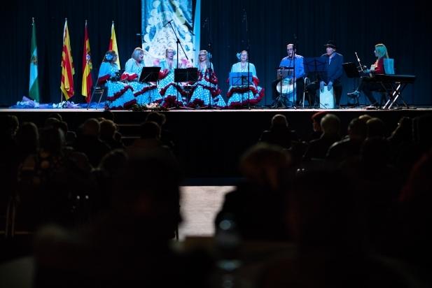Actuació del cor de Casa Andalucía Castellar a la Sala Blava de l'Espai Tolrà