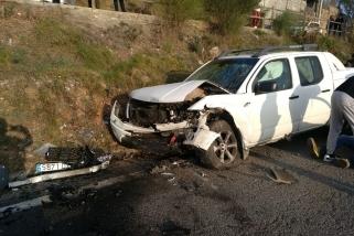 Un dels cotxes implicats en la topada