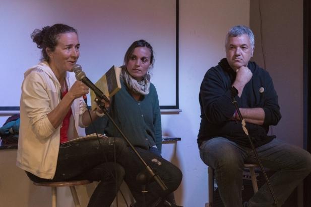 Núria Picas, Núria Raspall i Rafa Homet en un moment de la presentació /  F. MUÑOZ