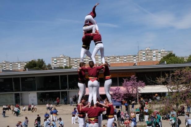 Actuació dels Capgirats a Badia, diumenge passat.    CEDIDA
