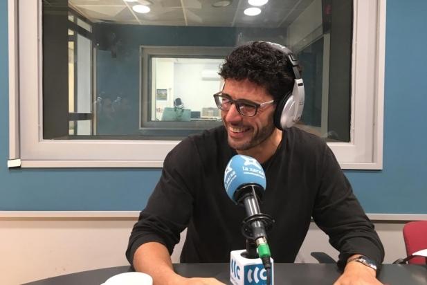 Matías de la Guardia durant l'entrevista electoral a Ràdio Castellar