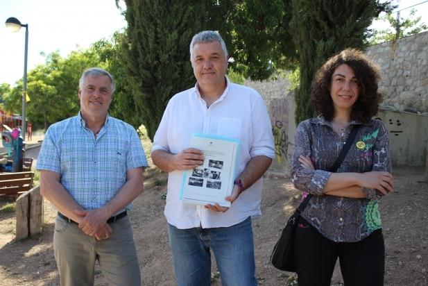 Josep M. Calaf, Rafa Homet i Dolors Ruiz, d'ERC, a la roda de premsa a la pla. Lluís Companys - R.G.