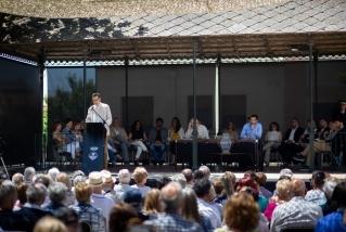 Discurs d'investidura de Giménez amb el nou consistori en ple. Q. Pascual