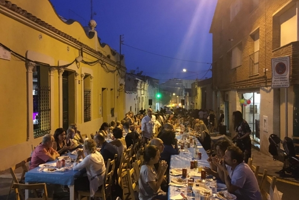 Revetlla al carrer Torras - CEDIDA