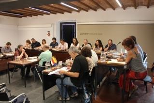 El ple de dimarts passat va comptar amb l'estrena de fins a 11 regidores i regidors nous. || C. Díaz