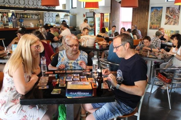 Primera trobada de jocs de taula al Calissó d'en Roca. || R. GÓMEZ