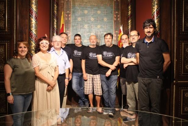 Els regidors Carol Gómez i Joan Creus, durant la trobada amb els guanyadors dels pressupostos participatius, dimecres passat - R.G.