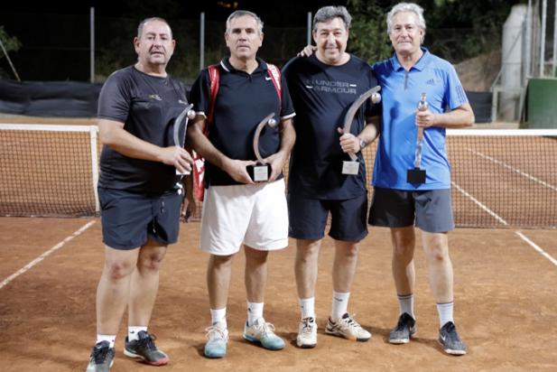 16   Tenis