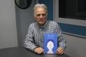 Miquel Desclot ha visitat els estudis de Ràdio Castellar per parlar del seu llibre 'Oi, Eloi'. || M. ANTÚNEZ