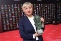 Teresa Font rep el Goya pel Millor Muntatge per 'Dolor y gloria' de Pedro Almodóvar. || CEDIDA