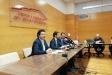 El conseller de Territori i Sostenibilitat, Damià Calvet, amb el president del Consell comarcal i alcalde de Castellar, Ignasi Giménez, i el regidor de Granollers, Juanma Segura