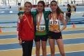 Gina Torres al podi dels 2000 metres marxa de pista coberta a Sabadell. || Cedida