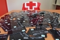 Creu Roja es va encarregar de repartir les targetes moneder per a beques menjador a l'inici de la pandèmia / Cedida