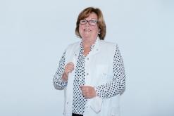 Rosalina Ros, titular de la Farmàcia Casanovas