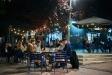 La terrassa del frankfurt ubicat a la plaça d'El Mirador diumenge passat, el primera nit sense toc de queda / Q. Pascual