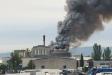 Les flames han generat molt de fum en un primer moment a l'incendi que ha patit Vidrala